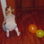 Настя с шариками.